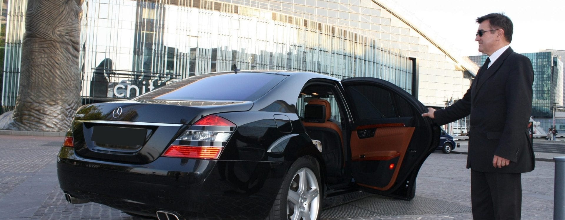 Location de voiture de luxe avec chauffeur à Paris pour tous types d'évènements