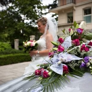 Prestige car rental with driver for your wedding